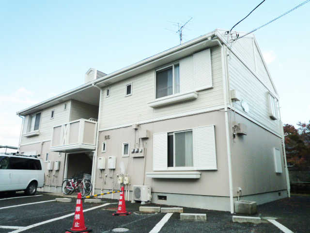 【事例4】アパートの外壁を水性シリコン塗料でリフレッシュ