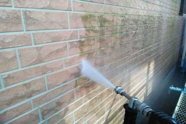 外壁の汚れを落とす方法