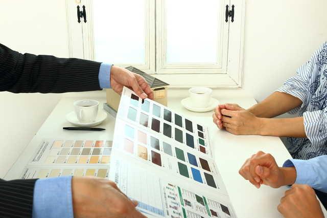 シリコン/フッ素などのコスパは?塗料のグレードを下げれば安く済む?