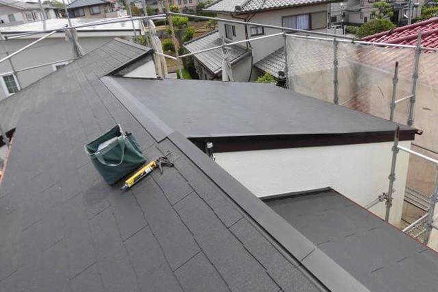 棟板金の修繕(浮きなど)や交換・雨漏り修理