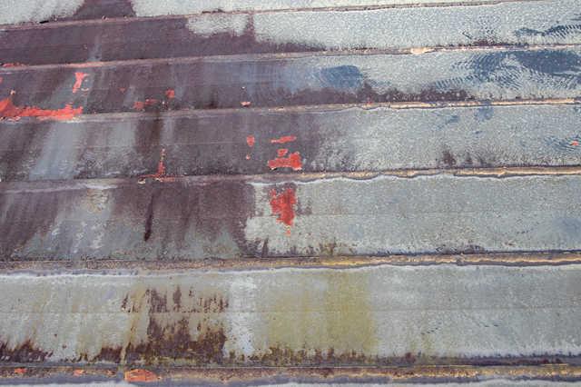 スレート屋根(瓦)は塗装でメンテナンス!効果・費用・施工期間を解説!