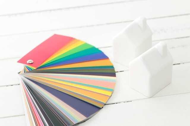 ガルバリウム鋼板は何色を選ぶべき?きれいに保つ方法も紹介!