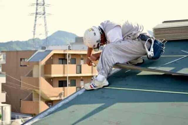 瓦屋根の修理はどんなときに必要?施工方法や工事価格の相場などを詳しく解説!