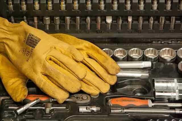 瓦屋根の修理を依頼する業者の選び方