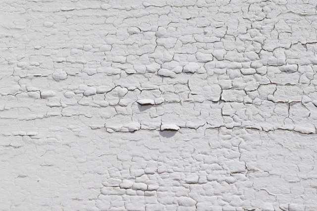 外壁塗膜の浮きや剥がれなどの補修