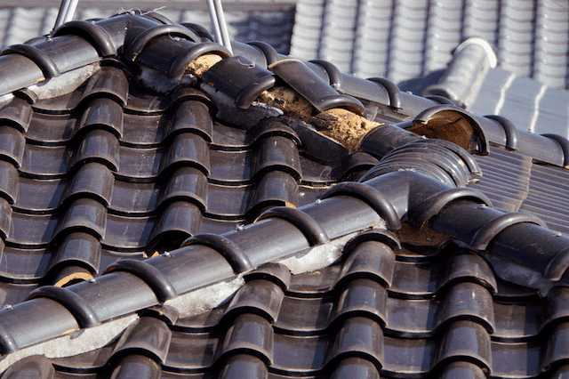 屋根を重ね葺きするときの注意点