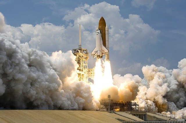 宇宙ロケットの塗料「ガイナ」に秘められた5つの特徴と費用を解説!